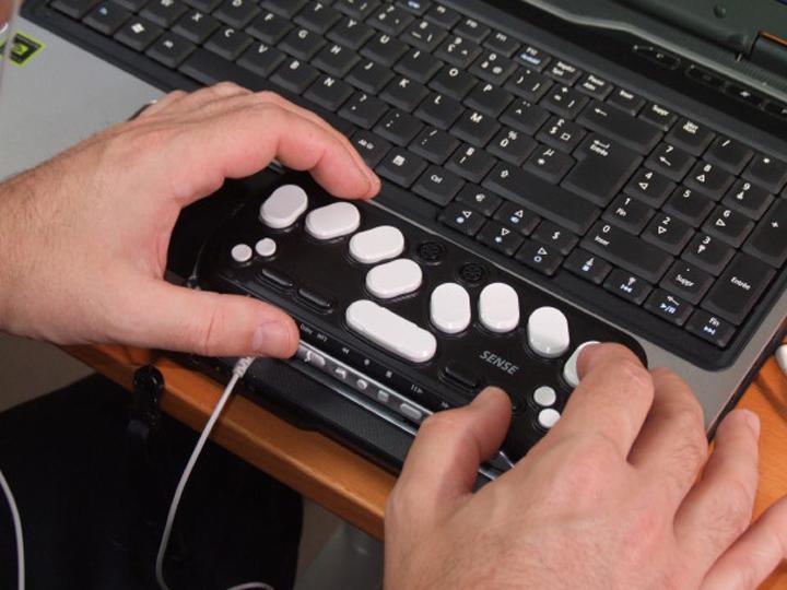 Clavier en braille