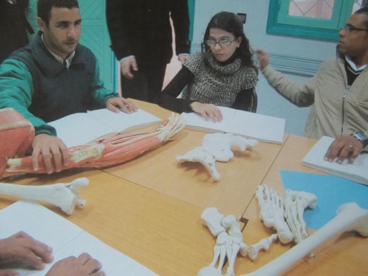 Cours de Kinésithérapie dédié aux non-voyants